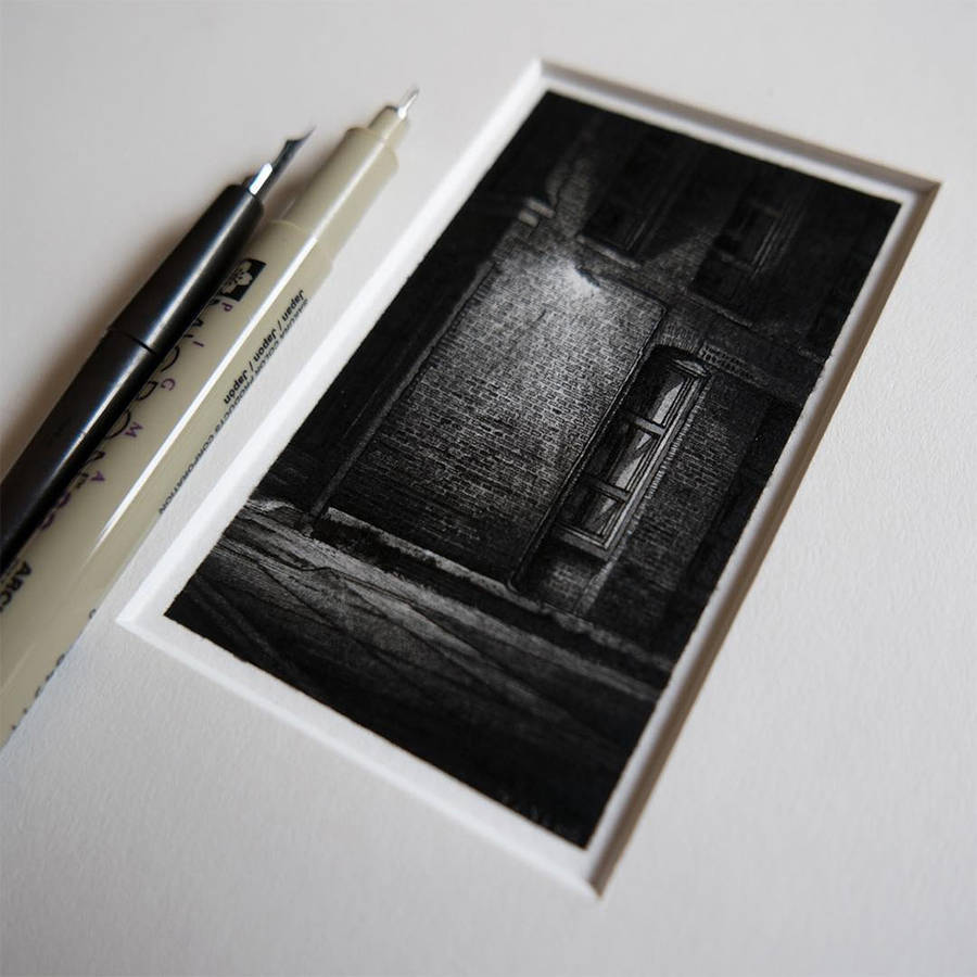 Impressive Detailed Miniature Black and White Drawings