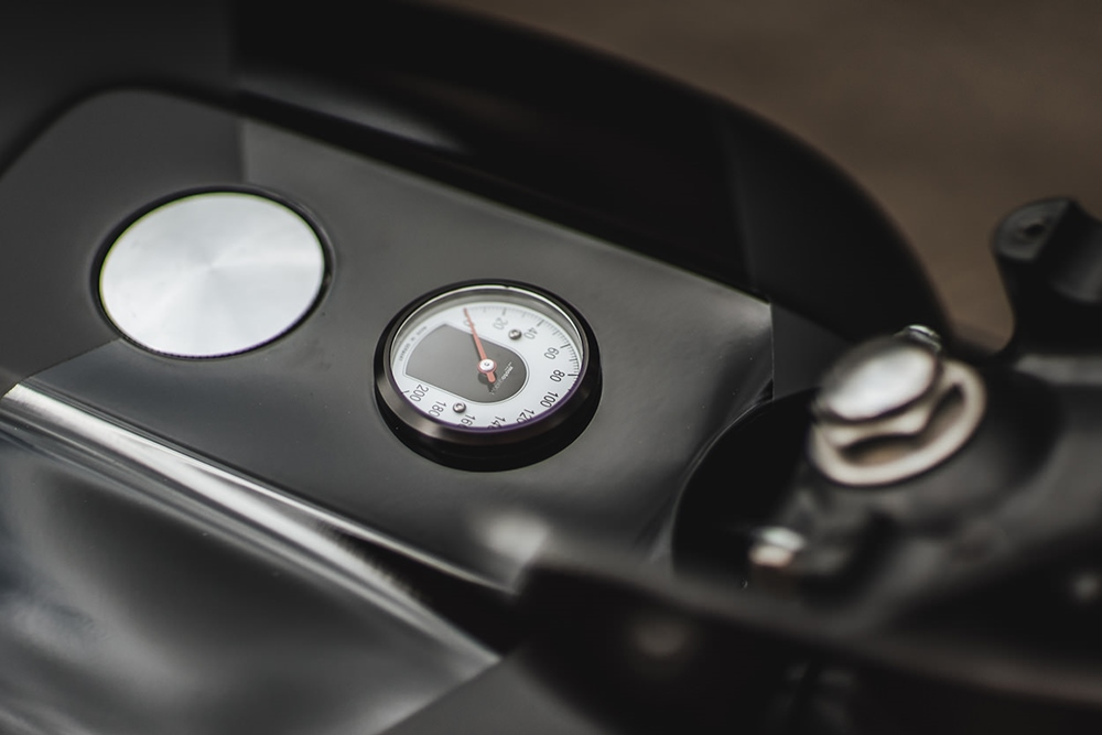 Hookie Co.: кафе рейсер Honda CB550
