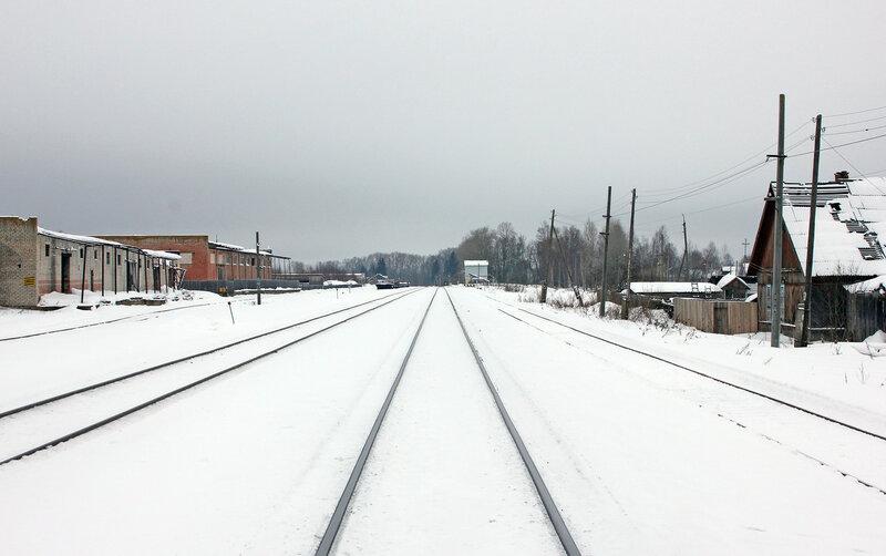 Станция Старица, вид на Торжок и платформу