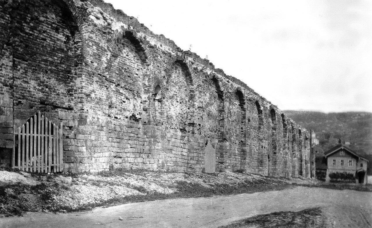 Крепостная стена между Малым и Большим Казанскими проломами. 1914