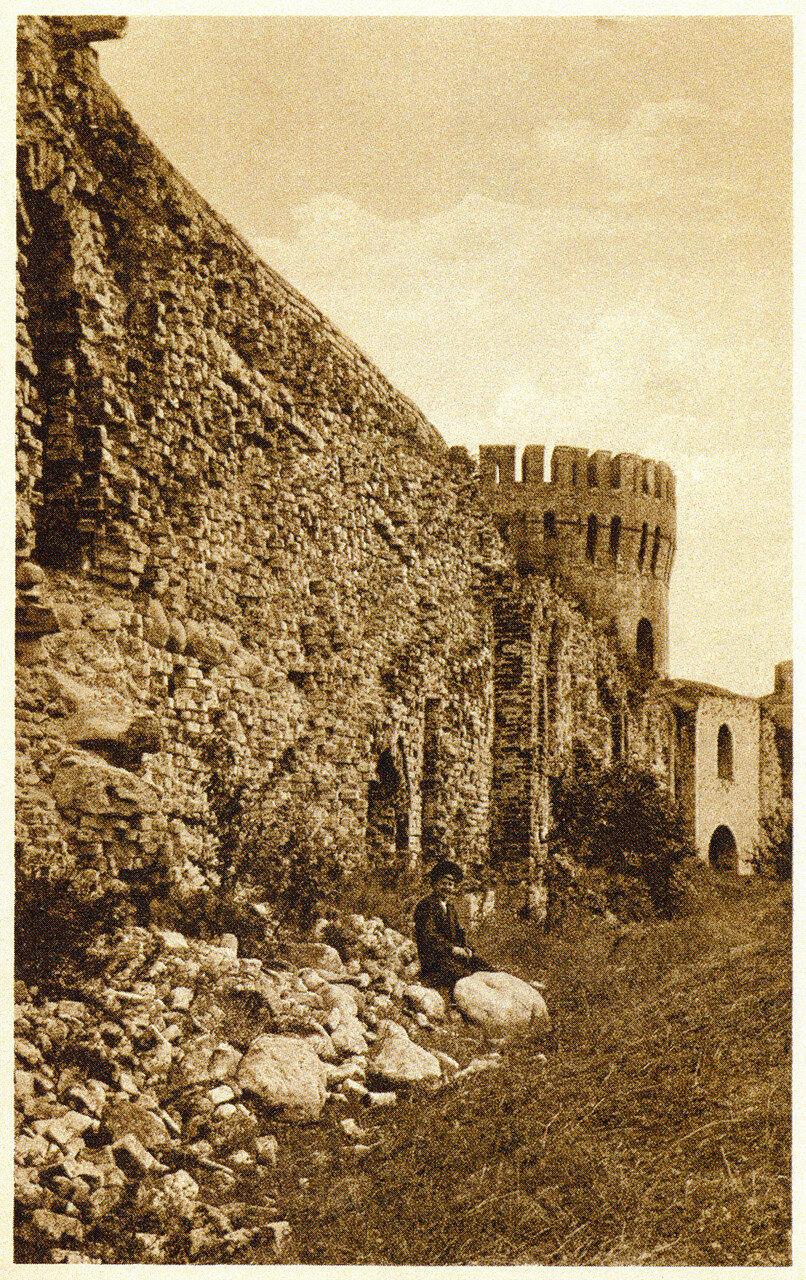 Крепостная стена, вид изнутри. 1900-е.