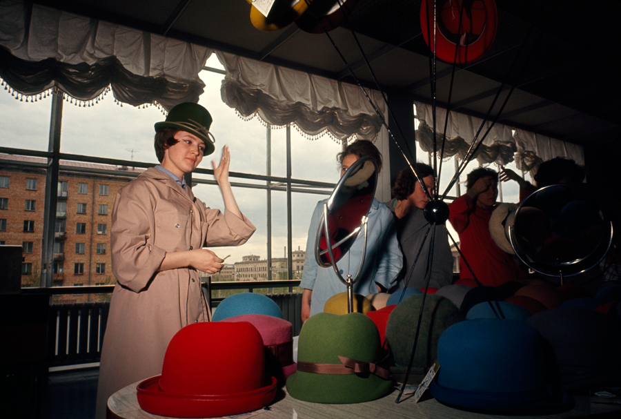 1966 Women try on hats in a variety of colors in Moscow by Dean Conger.jpg