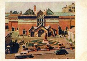 Москва. Государственная Третьяковская галерея. Фото Д. Бальтерманца. Правда, 1957, 350 тыс.jpg