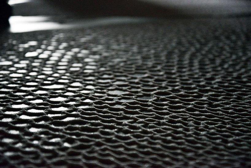 Море из россыпи соли от Motoi Yamamoto