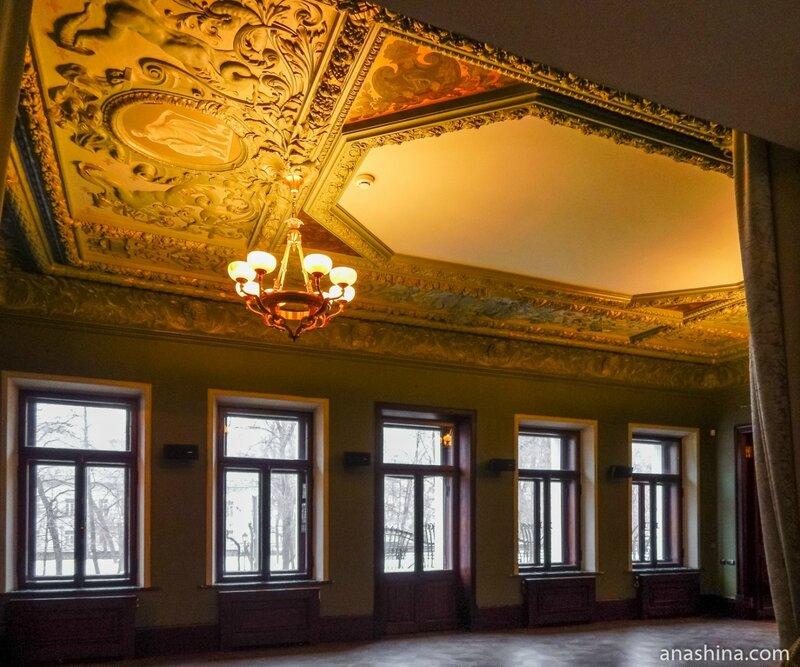 Классический зал, дом Смирнова