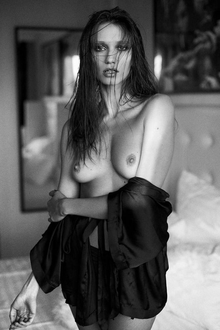 эротические работы фотографа Daniel Ilinca