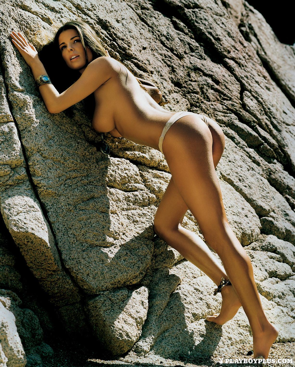 Девушка года Эла Корчовска / Ela Korczowska - Playboy Poland june 2005