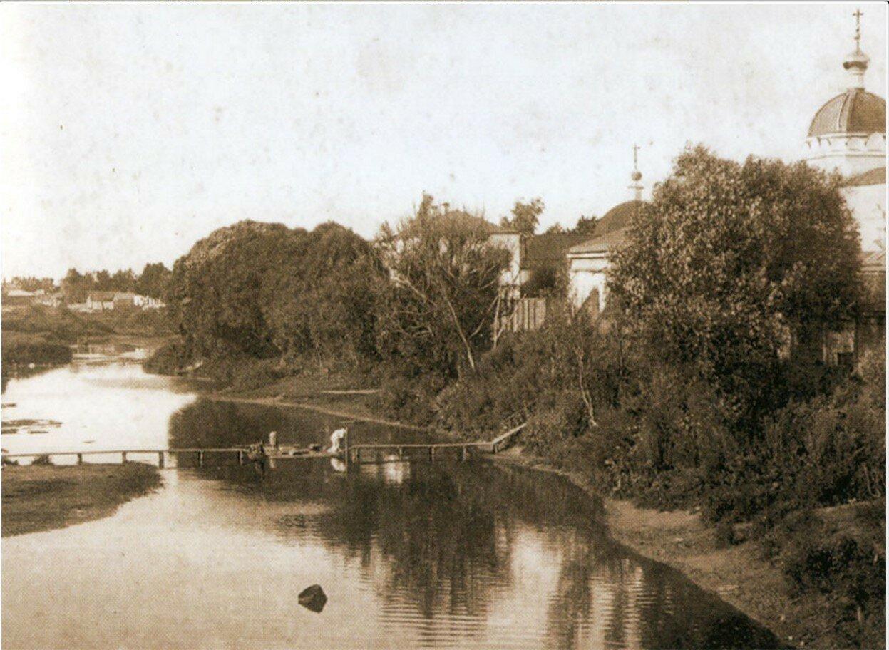 На берегах реки Гжати