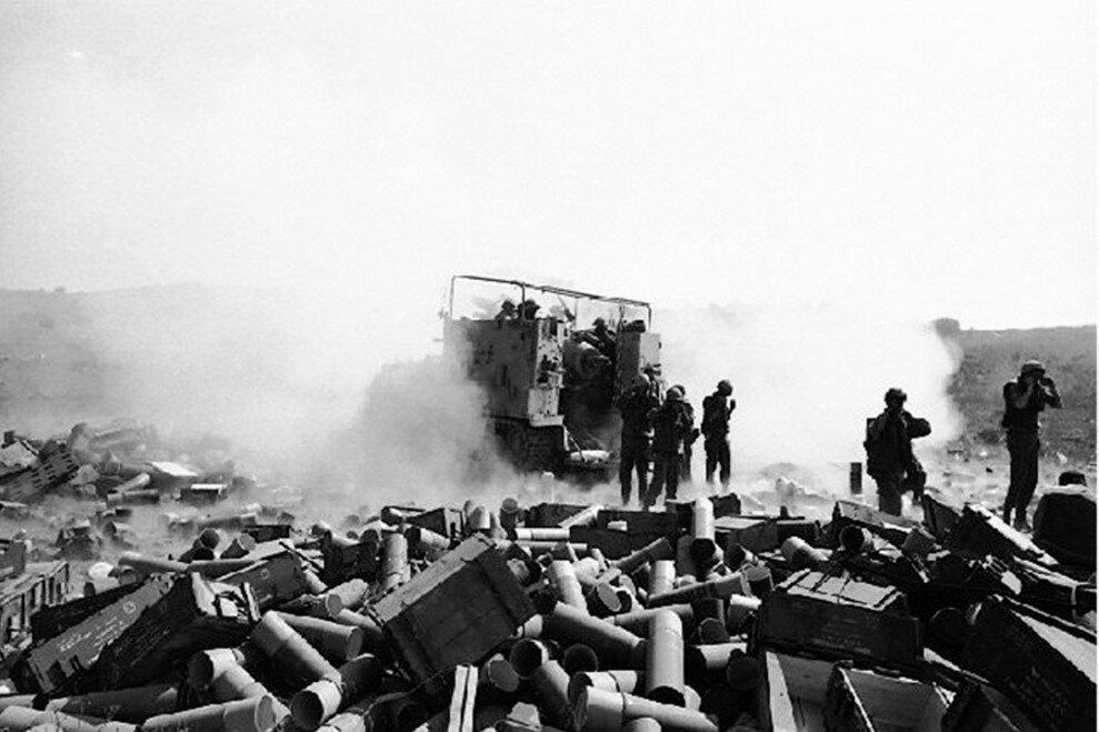 Последствия танковой битвы в Долине слез