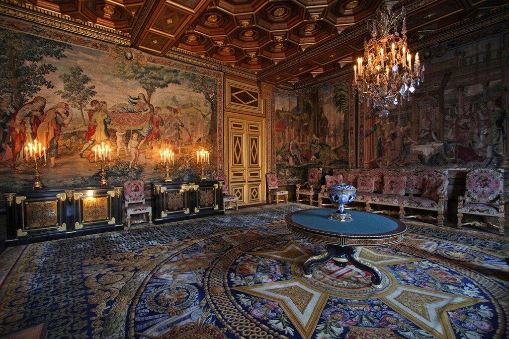 Замок фонтенбло франция фото