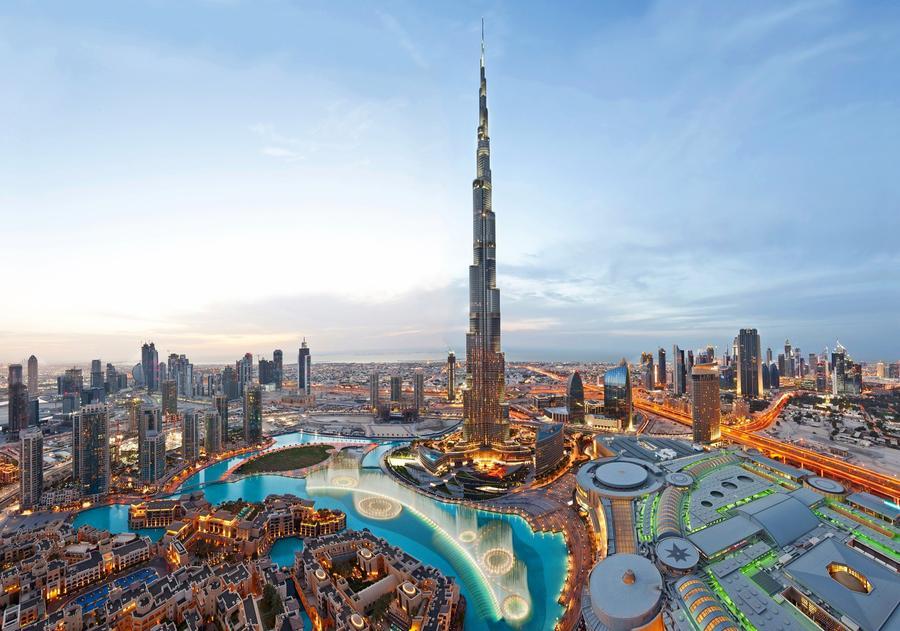 2. Фонтан Dubai Fountain (Дубай, ОАЭ) Самый дорогой и самый большой фонтан мира Власти Дубая любят п