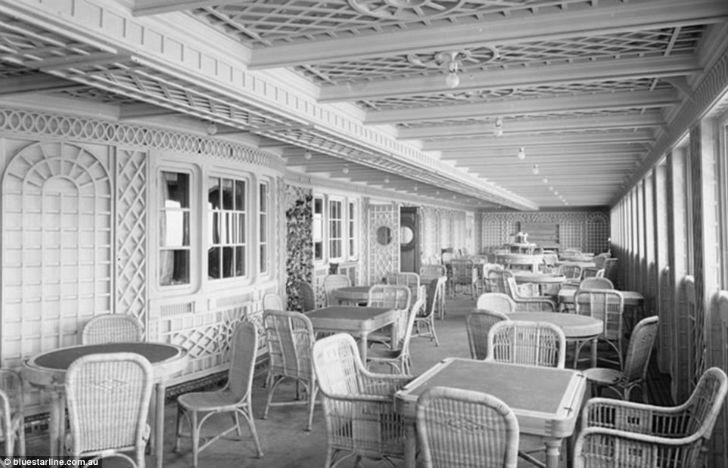 Кафе Parisien на «Титанике» было сделано для пассажиров первого класса, оно отличалось внешним видом