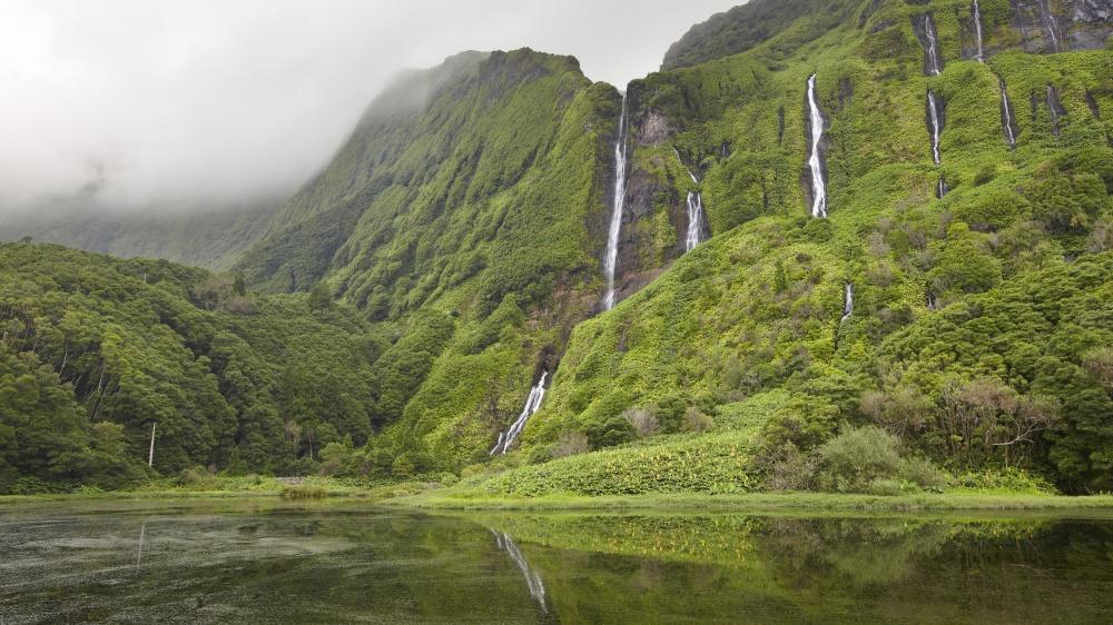© depositphotos  Остров Флориш (Flores island) незря находятся всписке ЮНЕСКО, ведь здесь ра