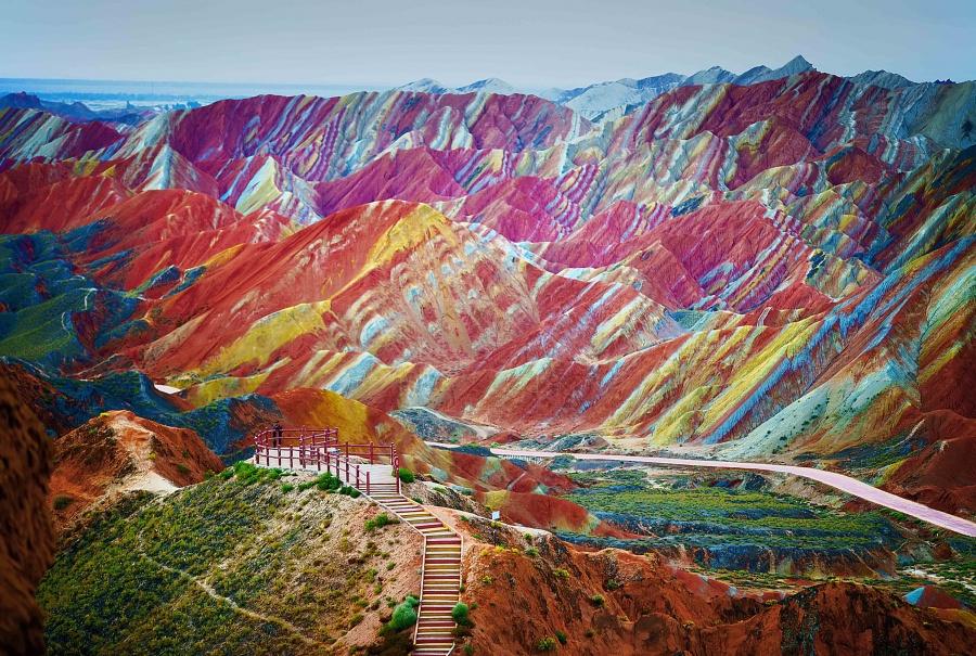 Разноцветные горы, Национальный геопарк Чжанъе Данься, Китай.