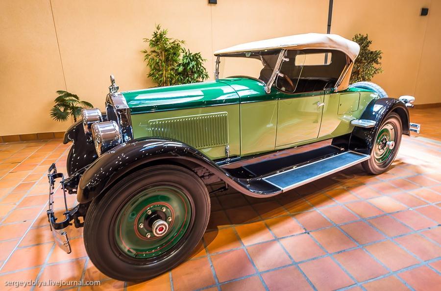 19. Packard 1926 года.