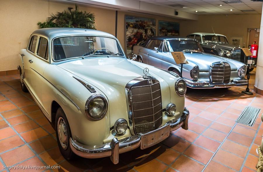32. Mercedes-Benz 1957 года.