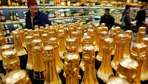Титов предсказывает рост цен нашампанское при увеличении акцизов