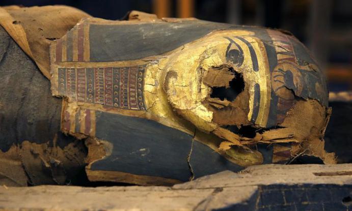 Мужское тело соследами побоев обнаружили вквартире наюго-западе столицы
