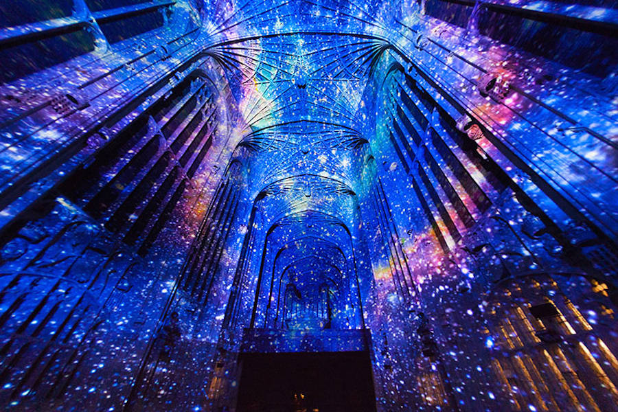 Impressive Images Projections Into a Chapel (11 pics)