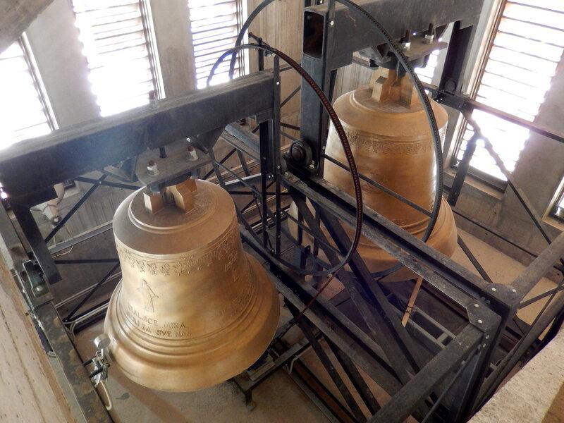 колокола в церкви Святых Петра и Павла