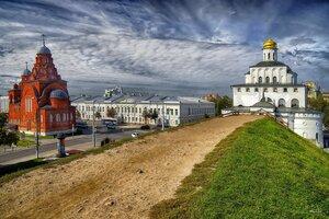 Владимир. Троицкая старообрядческая церковь, Золотые ворота