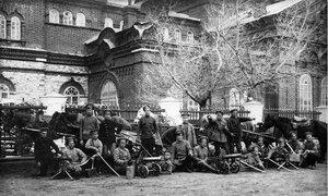 1918. Верхнеуральск. Партизанский отряд пулеметчиков в день отправки последнего резерва в бой с чехословаками, 24 мая