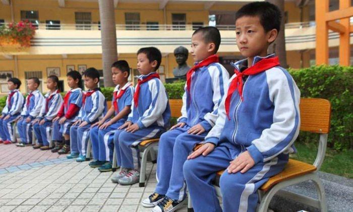 осанка китайские дети