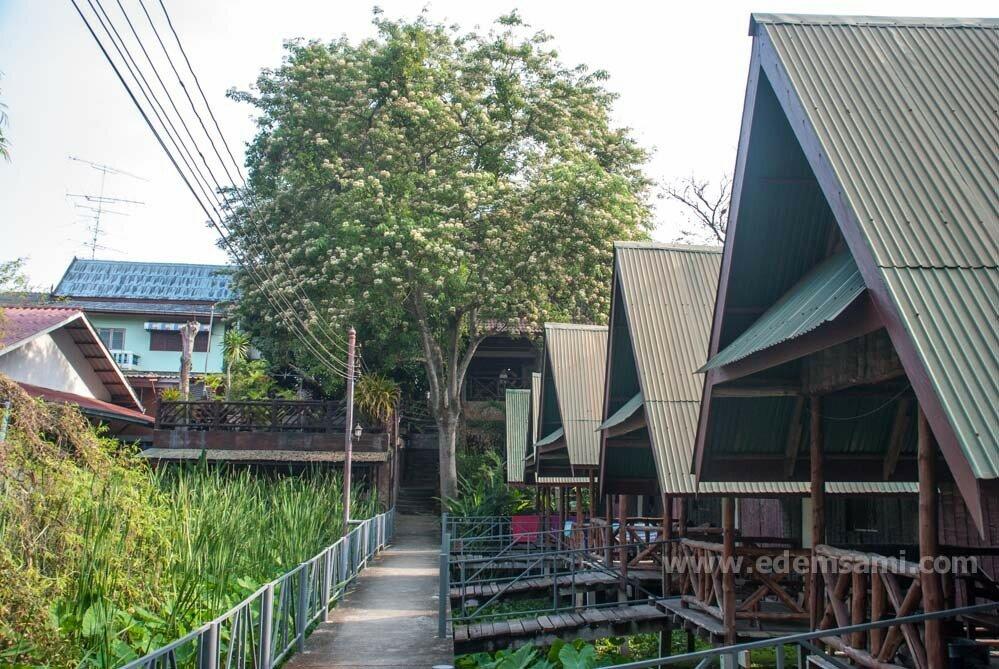 Ресторан в Канчанабури
