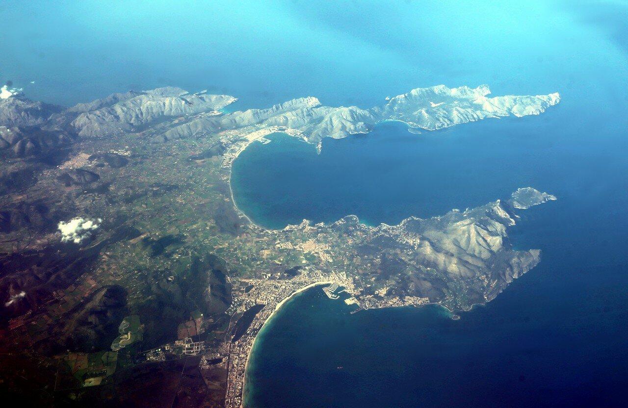 Майорка, залив Польенса. Вид с воздуха