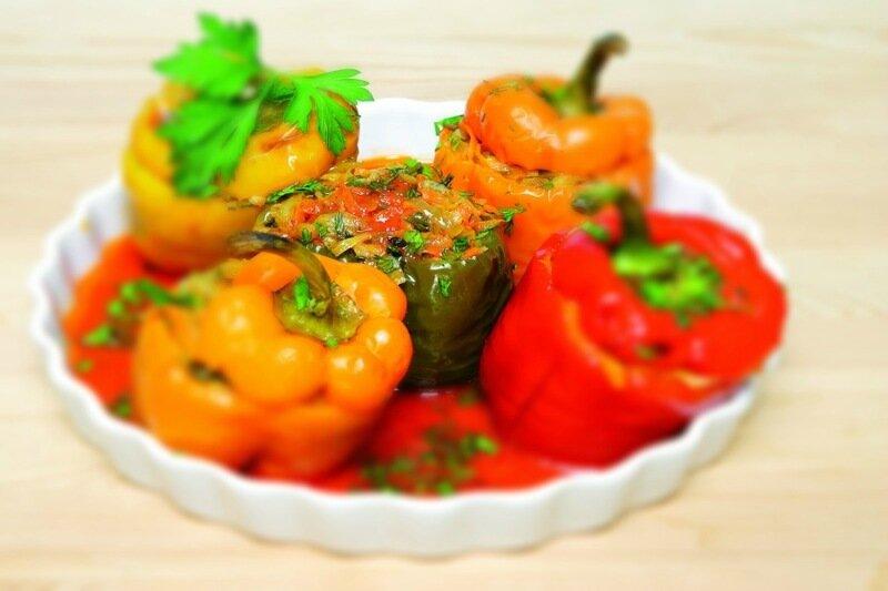 Сладкий перец, фаршированный капустой   консервация на зиму