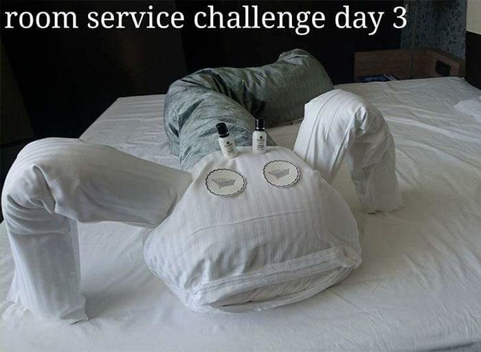 Третий день — монстр из подушек.