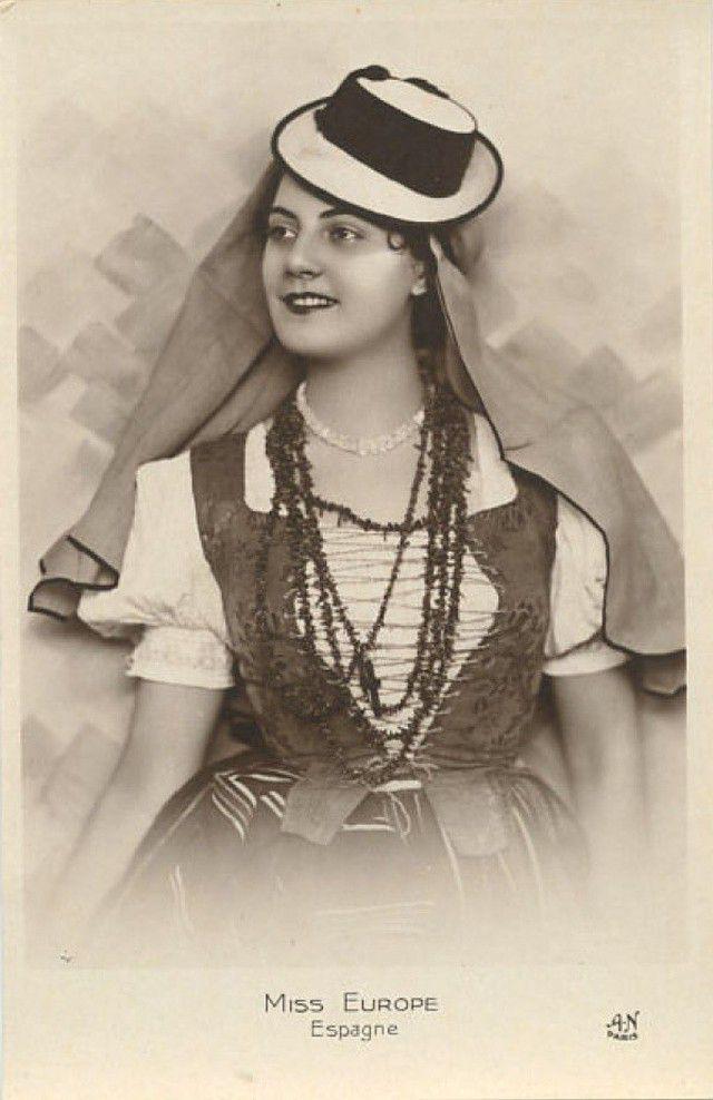 Мисс Турция Мабеджель Намик.