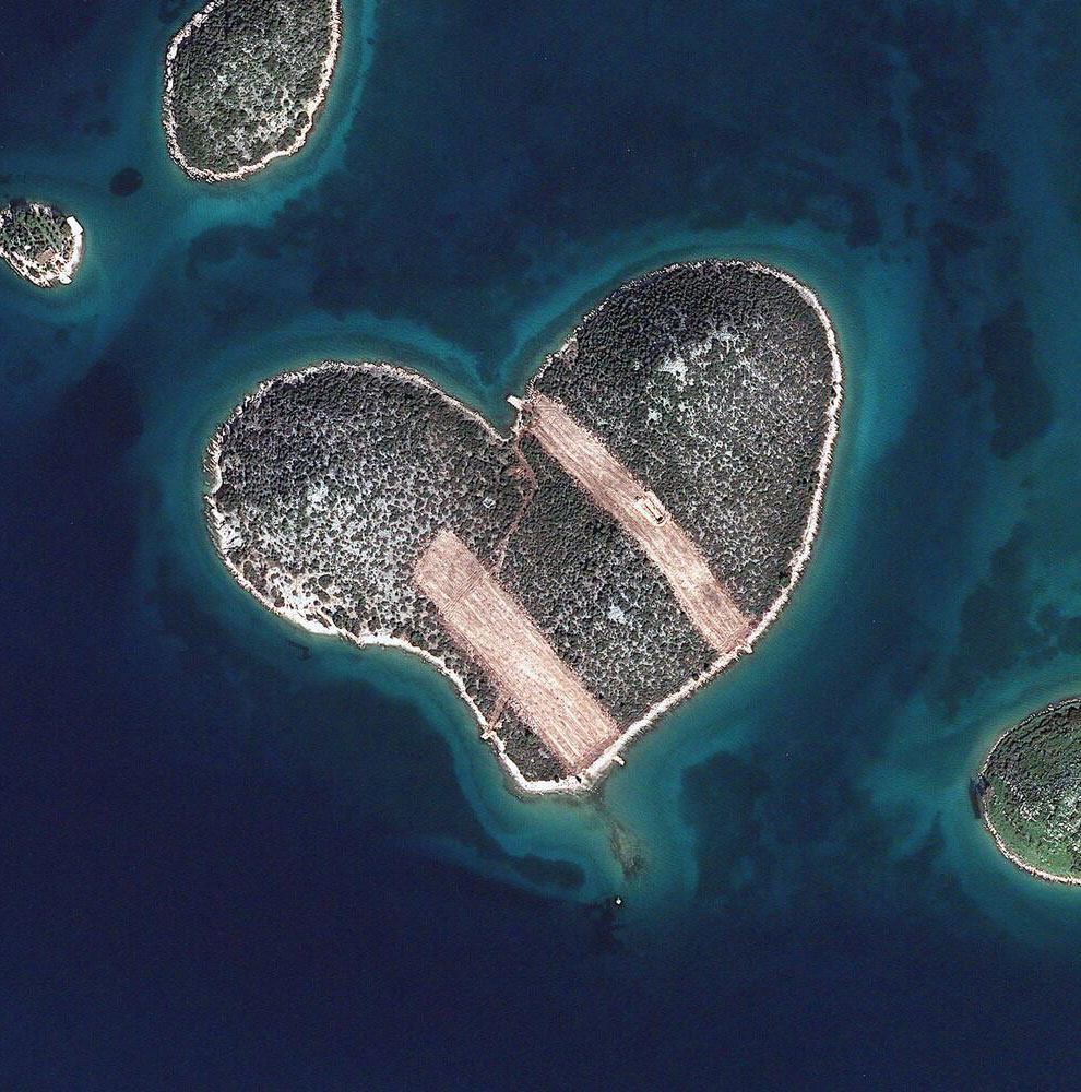 9. Вулкан Манам, расположенный в Новой Гвинеи, 22 марта 2013: