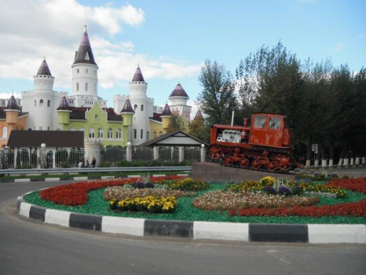 Вот что пишут на сайте OddityCentral об этом детском саде: «Для 150 счастливых российских дошкольник