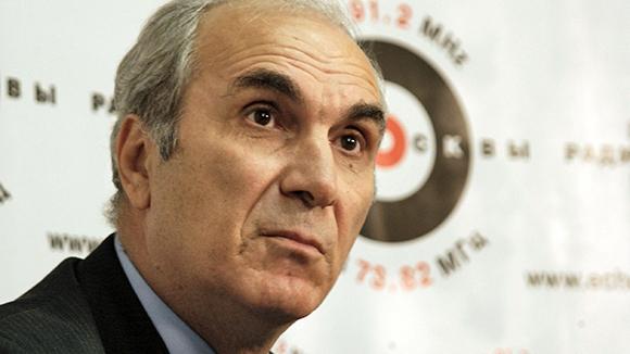 Юрист Симон Цатурян скончался впроцессе совещания суда в столицеРФ