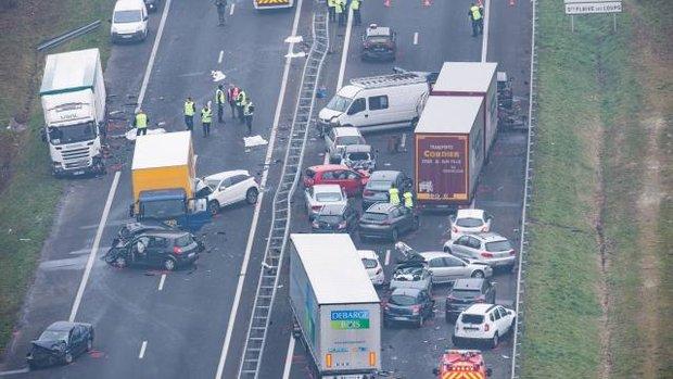 Назападе Франции случилось ДТП сучастием 30 машин