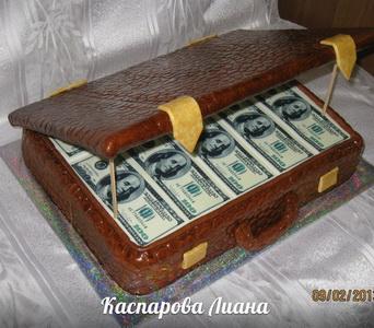 Торт из мастики Чемодан денег