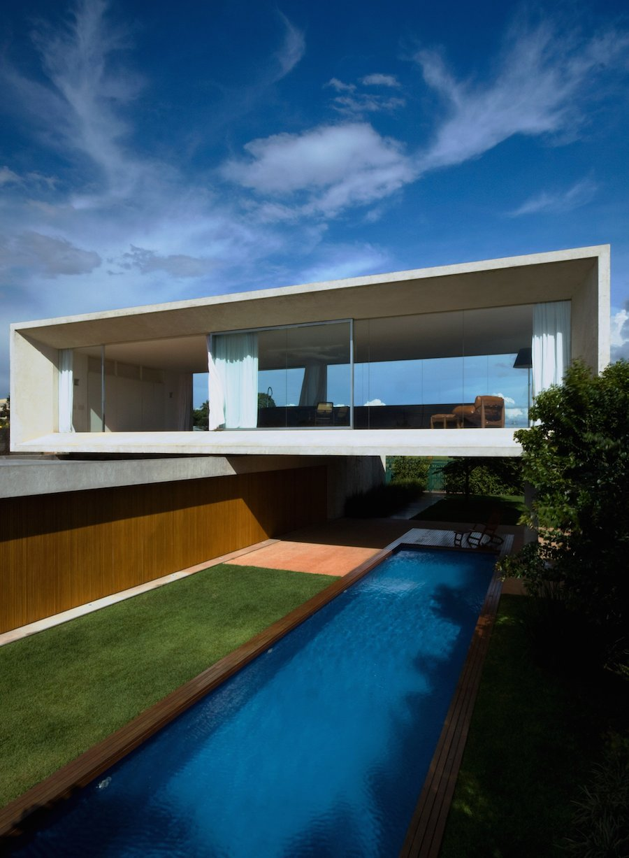 Magnificent Osler House in Brazilia (11 pics)