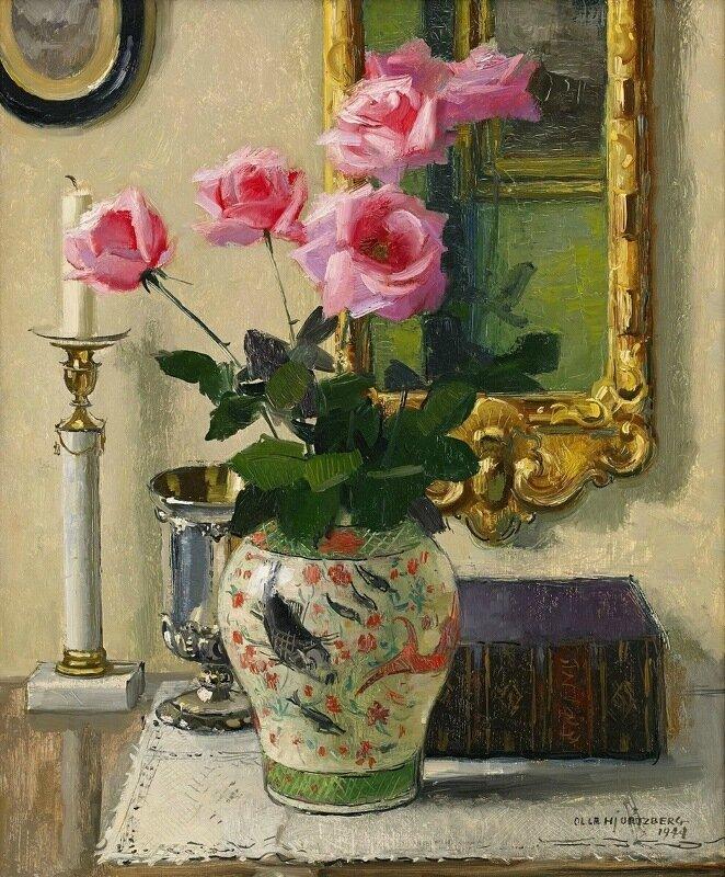 1944_Натюрморт с розами в китайской вазе_65 x 54_д.,м._Частное собрание.jpg