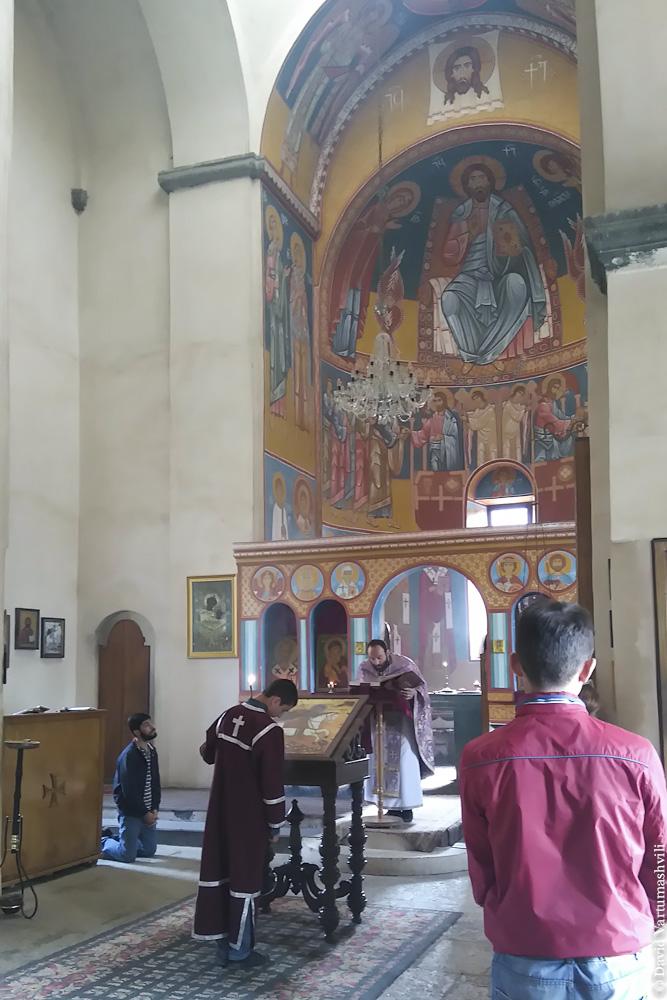 Грузия, собор в Сурами