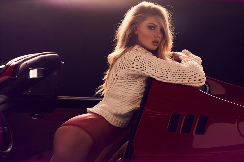 Спортивный Ferrari и Шарлотта МакКинни / Charlotte McKinney by Josh Ryan – Maxim US