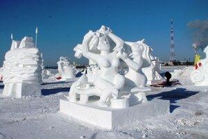 конкурс снежных фигур в Хэйхэ.jpg