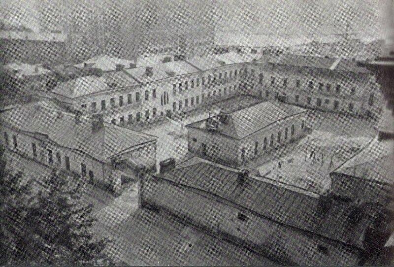 73381 Тюрьма в Новинском переулке Л. Маяковская сер. 50-х.jpg