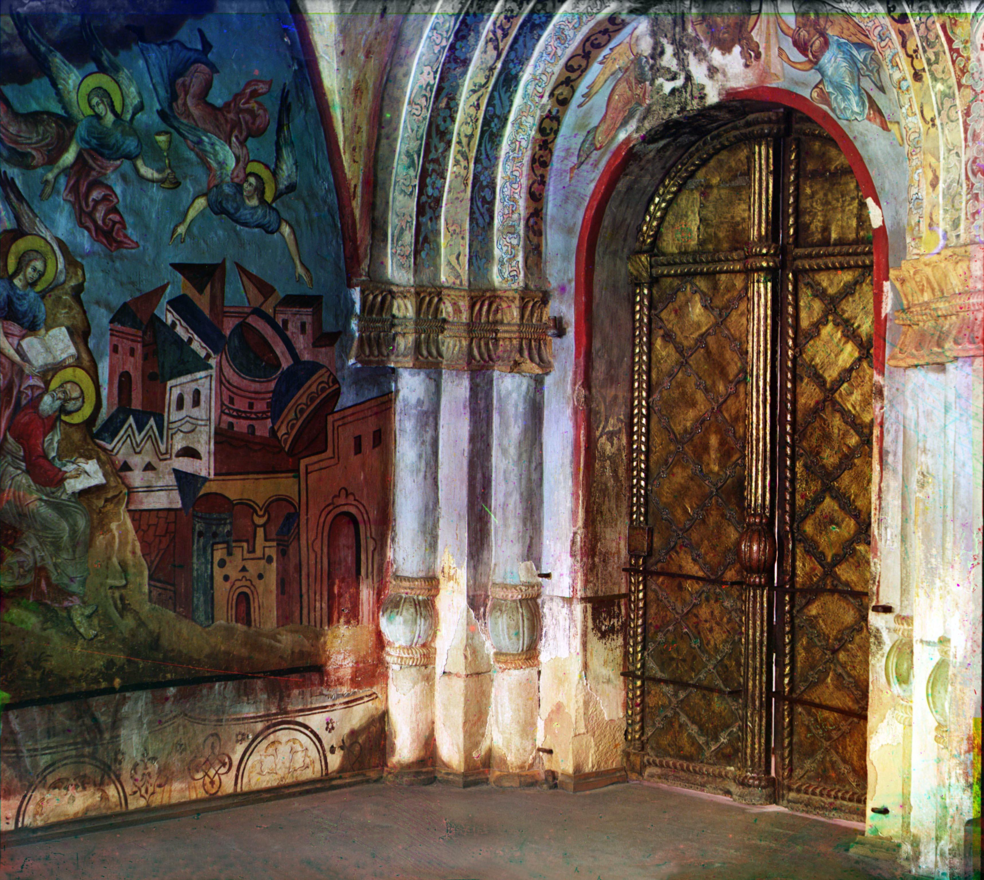 Кирилло-Белозерский монастырь. Место заточения князей Воротынских. Вход в придельную церковь Владимира