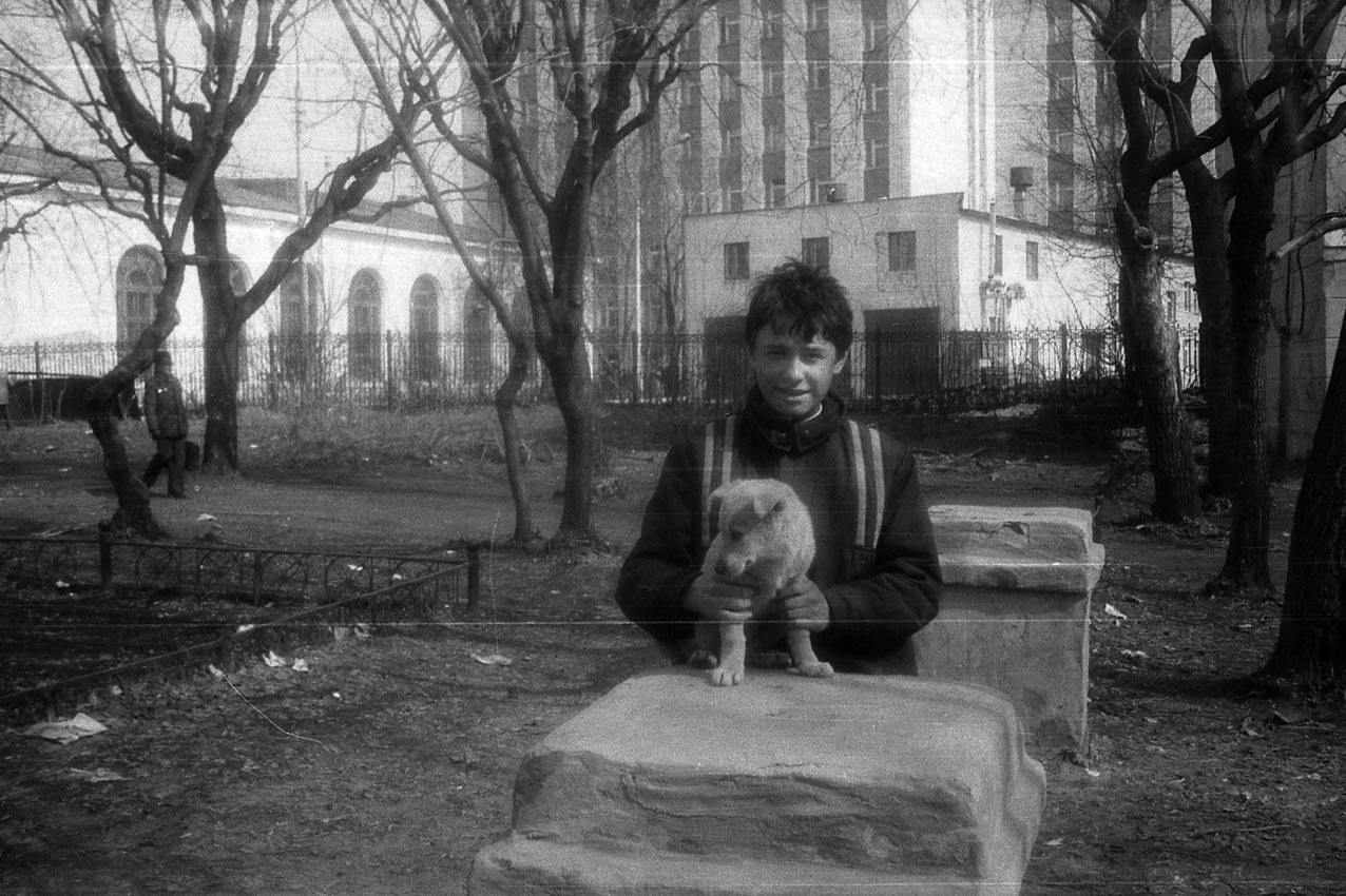 1985. Двор клуба Меховщиков