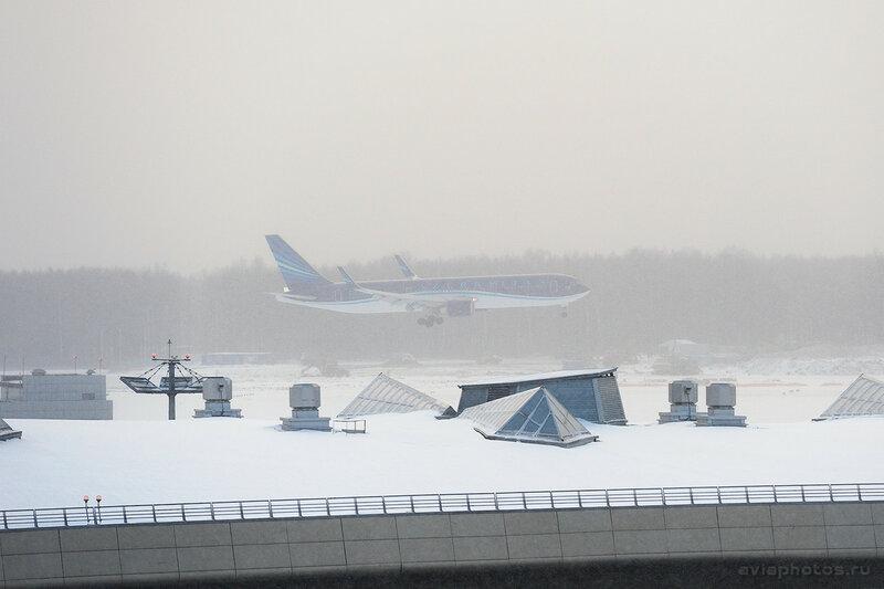 Boeing 767-32L/ER (4K-AZ82) AZAL - Azerbaijan Airlines 050_D706998