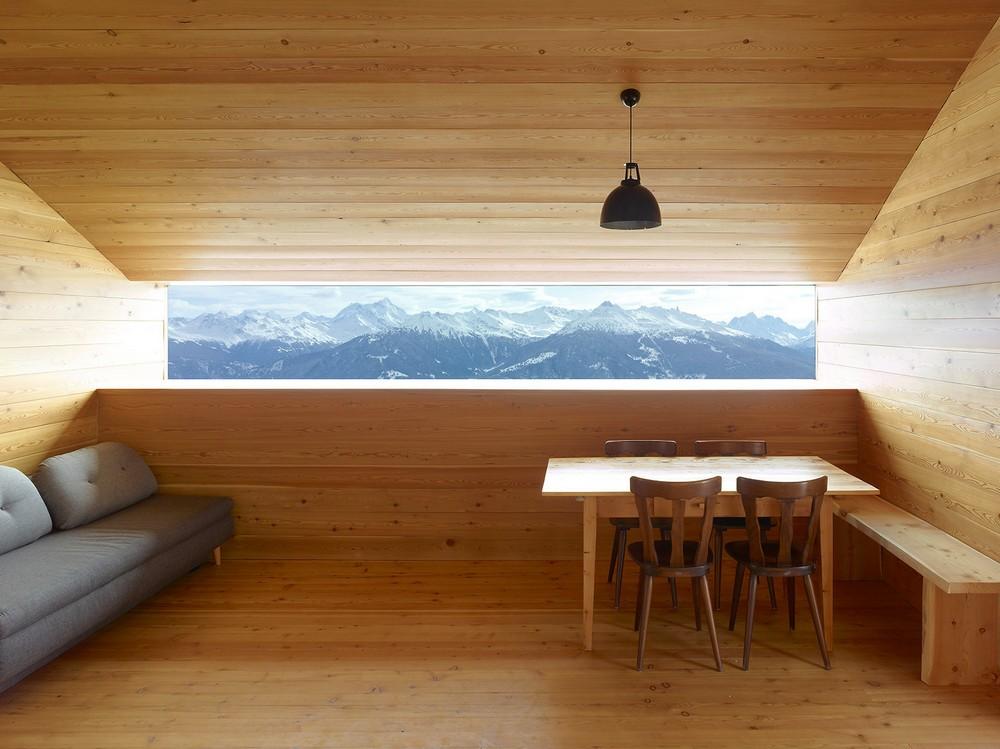 Домик для отдыха в горах Швейцарии