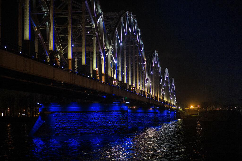 Рижский железнодорожный мост (Латвия, Рига)