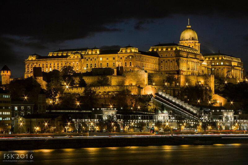 night_budapest-2.jpg