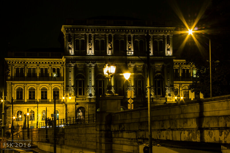 night_budapest-15.jpg